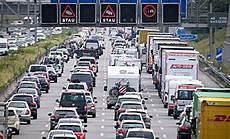 Stauprognose Reisewelle Erreicht Freitag H 246 Hepunkt