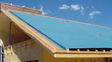 pose ecran sous toiture renovation quand la pose d un 233 cran de sous toiture est utile