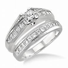 handcrafted inexpensive diamond wedding ring 2 carat princess cut diamond 10k gold
