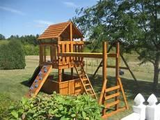 Kinderspielplatz Selber Bauen - free diy playhouse backyard playground plans plans diy how