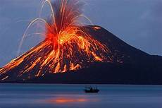 Daftar Gunung Meletus Yang Pernah Terjadi Di Indonesia