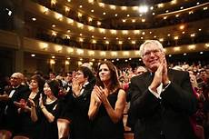 standing ovation vasco scarica standing ovation