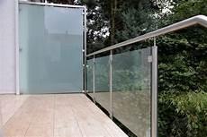 windschutz und sichtschutz aus edelstahl und sicherheits glas
