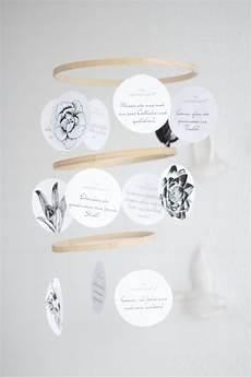 stickrahmen selber machen diy stickrahmen mobile als muttertagsgeschenk selber machen 176 mit gutscheinen zum ausdrucken