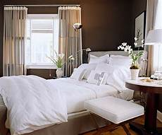 Bedroom Ideas Cheap by 6 Cheap Bedroom Decorating Ideas The Budget Decorator