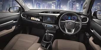 2016 Toyota HiLux Interior Additional Variants Revealed