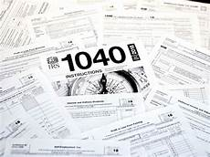 if you haven t filed your tax returns yet here are your options abc news