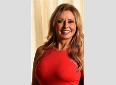 carol vorderman feet