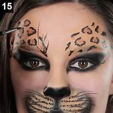 leoparden augen schminken faschings schminktipp so gelingt ein wildes katzen make