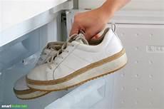 8 Effektive Hausmittel Gegen Stinkende Schuhe Stinkende
