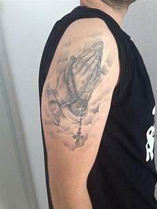 kreuz oberarm welches motiv zur erg 228 nzung tattoomotive tattooscout