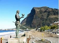 file la gomera valle gran statue jpg wikimedia commons