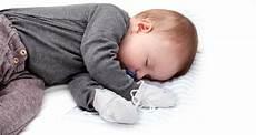 Neurodermitis Bei Babys - neurodermitis bei babys und kleinkindern pflege und