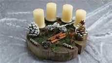 holzscheiben deko selber machen weihnachtsdekoration selber basteln adventskranz auf