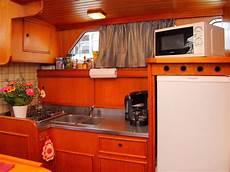 küchenzeile mit herd ferienwohnung auf der yacht ostara m 252 ritz firma