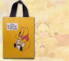 winnie pooh malvorlagen romantis gambar kartun lucu winnie the pooh komicbox