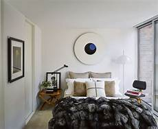 small bedroom decorating ideas for a single