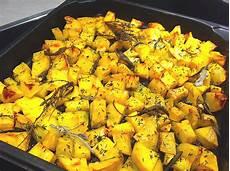 kartoffeln aus dem ofen mediterrane ofen kartoffeln rezepte chefkoch de