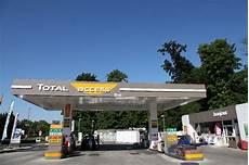 Franchise Total Total Access Dans Franchise Station Service