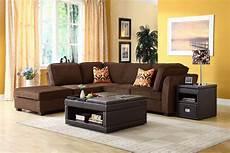 welche wandfarbe passt zu braunen möbeln welche farbe passt zu braun farbkombinationen f 252 r