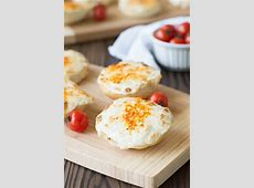 easy crab cheese bread appetizers_image