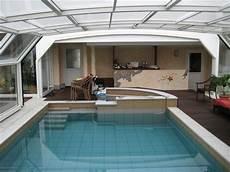 Ueberdachung Mit Polyester Wellbahn Selbst schwimmbecken mit whirlpool und 220 berdachung