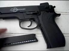 D 233 Monstration De Mon Nouveau Pistolet A Bille