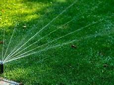 prix du gazon au m2 prix moyen au m2 pour la cr 233 ation d une pelouse de gazon