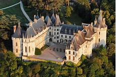 Visit The Top 10 Palaces And Castles Now And You