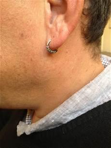 boucle d oreille homme tendance boucles d oreilles et boutons de manchettes tendance ou