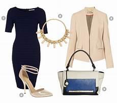 Dunkelblaues Kleid Kombinieren - business daily dresscode