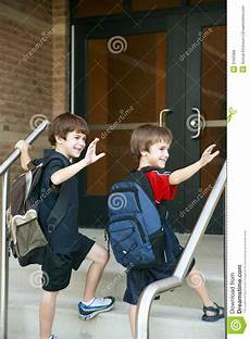 going into school image of going caucasian 3160368