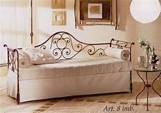 divano letto ferro battuto divano camelia con imbottiture vendita on line di letti