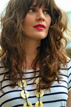 Curly Hairstyles For Medium Hair With Bangs
