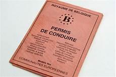 dimension permis de conduire de moins en moins de personnes passent leur permis de conduire belgique levif be