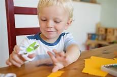 Basteln Mit Schere Und Papier Familienwegweiser