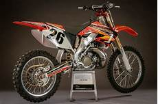 two stroke tuesday the 2004 cr250 we built to kill the