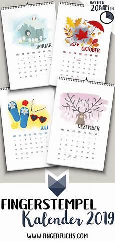 einfach kalender basteln mit kindern fingerstempel