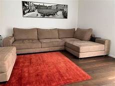 alcantara sofa vintage alcantara sofa mit inselhocker kaufen auf ricardo