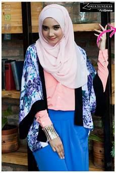 Model Jilbab Zaskia Sungkar Modern Style Artis