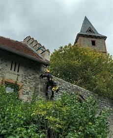 Blitzschutzmontage Auf Burg Frankenstein Hochseilwerk