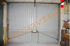 Porte De Garage Basculante Isolation Id 233 Es