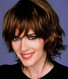 short hairstyle for thick wavy hair 50 most delightful short wavy hairstyles