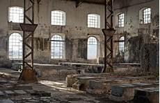 Alte Industriegebäude Kaufen - fototapete alten industriegeb 228 ude voller fenster pixers