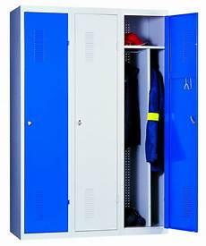 casier vestiaire occasion cuisine armoire rangement en metal armoires avec portes tikamoon casier vestiaire industriel