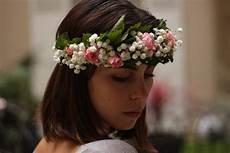 Couronne De Fleurs Gypsophile Roses Feuille De Cassis
