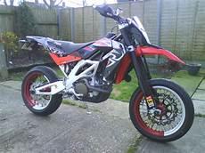 aprilia 550 sxv 2008 aprilia sxv 550 moto zombdrive