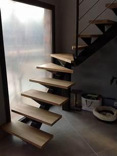 Escalier Quart Tournant Milieu Dans Le Gard Vente