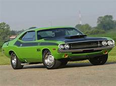 classic american cars dodge challenger 1st 1969 1974