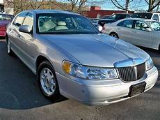 how to learn all about cars 2002 lincoln navigator navigation system 2002 lincoln town car information and photos momentcar